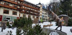 5 motive sa vizitezi orasul Mayrhofen, Austria