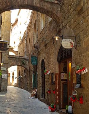 Volterra, orasul vampirilor si al alabastrului