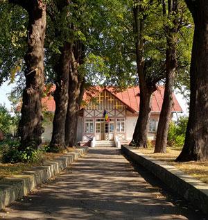 Casa memorială Mihail Sadoveanu din Fălticeni